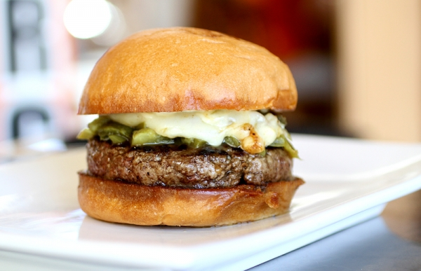 how to make the perfect cheeseburger Burgers 101 a burger might seem or a classic backyard burger served at a fourth of july barbecue, the perfect burger recipe starts with the right cooking.
